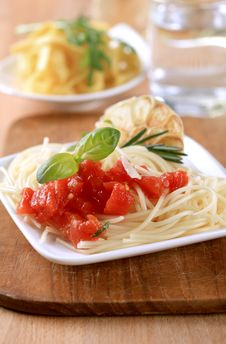 Free Pasta Appetizer Royalty Free Stock Photography - 13918797
