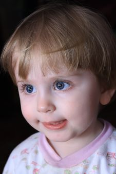 Free Little Smiling Child Stock Images - 13918854