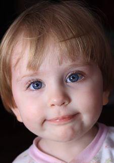 Free Little Smiling Child Royalty Free Stock Photo - 13918865