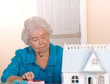 Free Senior Citizen Working Stock Photography - 13919442