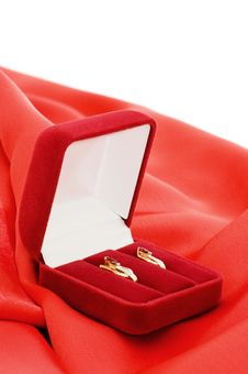 Free Gold Earrings In A Red Box Stock Image - 13921961