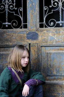 Free Young Model Profile And Door In Background Royalty Free Stock Photos - 13924818