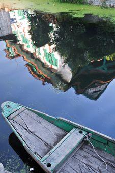 Free Dal Lake. Royalty Free Stock Photos - 13928988
