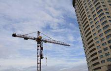 Free Crane And Multi-story Building Stock Photos - 13929763