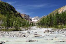 Free Karagem Valley And Obyl-ojug Royalty Free Stock Image - 13930926