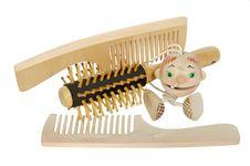 Free Hairbrushes Royalty Free Stock Image - 13931066