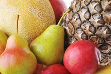 Free Heap Of Ripe Tasty Fruit Royalty Free Stock Photography - 13932207