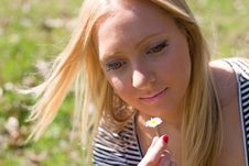 Free Blond Girl Royalty Free Stock Photos - 13937618
