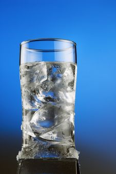 Free Ice Cool Water On Blue Background Stock Photography - 13942632