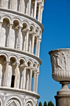 Free Urn And Leaning Tower Of Pisa Stock Image - 13942701