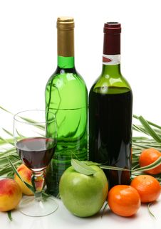 Free Wine And Fruit Royalty Free Stock Image - 13942926