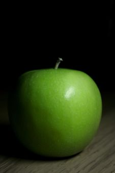 Free Healthy Green Apple Royalty Free Stock Photography - 13943337