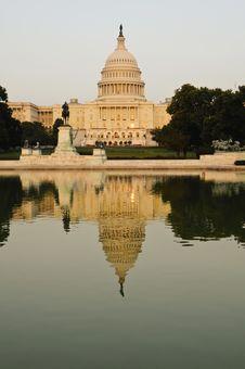 Free Capitol Building At Sunset Stock Photos - 13944673