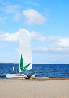 Free Catamaran On The Beach Stock Photos - 13945663