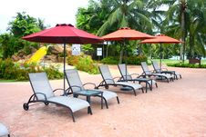 Free Poolside Deckchair At Luxury Hotel Stock Photos - 13950233