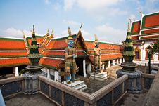 Free Ratana Chedi In The Grand Palace Royalty Free Stock Photo - 13951285