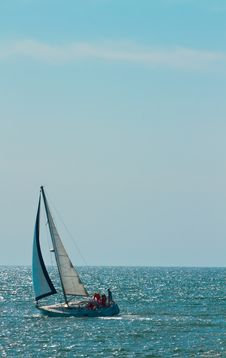 Free Solo Sailboat On Ocean Royalty Free Stock Image - 13952756