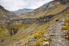 Free Small Stony Mountain Path To Monte Perdido Stock Photography - 13954512