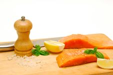 Free Fresh Salmon Fillets On Chopping Board Stock Photography - 13958362