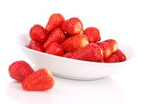 Free Strawberries In A Bowl Isolated Stock Images - 13961474