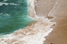Free Waves Crash Royalty Free Stock Photos - 13962088
