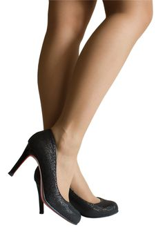 Free Female Legs In High Heel Shoes Stock Photography - 13962732