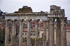 Free Roman Columns Royalty Free Stock Photos - 13963128