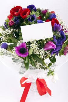 Free Bouquet Of Flowers With Blank White Card Royalty Free Stock Photos - 13963828