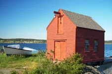 Free Red Boat House Royalty Free Stock Photo - 13966315