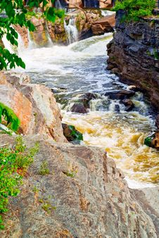 Free Rushing Rapids Cutting Through Rock Royalty Free Stock Images - 13966849