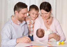 Free Couple With Two Children Stock Photo - 13968500