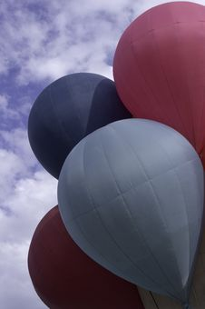 Free Red And Blue Hot Air Balloons Royalty Free Stock Images - 13970209