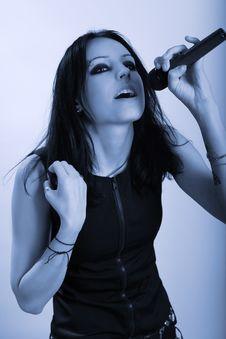 Free Singing Woman Royalty Free Stock Image - 13972546