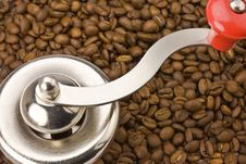 Free Coffemill With Coffee Beans Stock Photography - 13978732