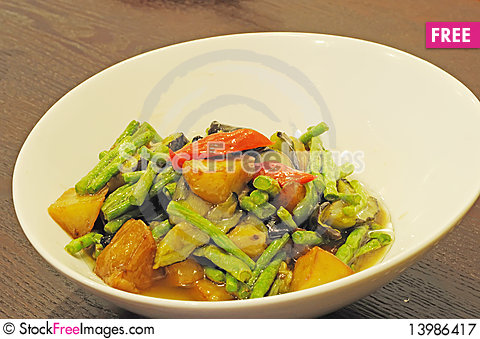 Free Chinese Cuisine Royalty Free Stock Photography - 13986417