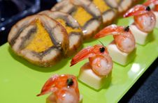 Free Tray Of Prawn Appetizer Stock Photography - 13980802