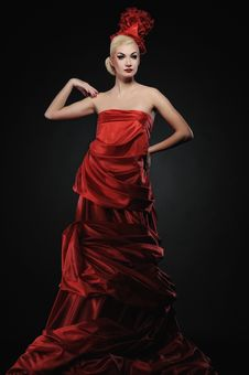 Free Lady In Red Dress Stock Photography - 13981732