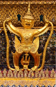 Free Garuda Royalty Free Stock Images - 13982289
