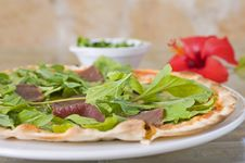 Free Beef Pizza With Salad Topping Royalty Free Stock Photo - 13983465