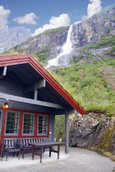 Free Mountain Cabin S Stock Image - 13985781
