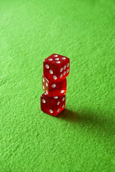 Free Gambling Dices For Casinò Games Royalty Free Stock Photo - 13986715