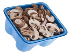 Free Fresh Mushroom Slices Royalty Free Stock Photo - 13986775