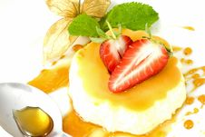 Free Creme Caramel Stock Photos - 13987173