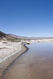 Free Mono Lake Royalty Free Stock Photos - 13988388