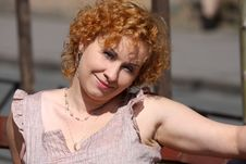 Free Red Hair Woman Enjoying Sun Royalty Free Stock Photos - 13989788