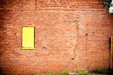 Free Grunge Wall Yellow Window Stock Photos - 13992673