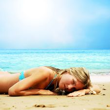 Free Beautiful Girl On The Beach Royalty Free Stock Photo - 13994745