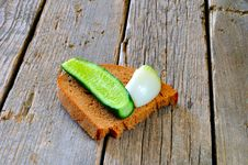 Free Bread Onion And Cucumber Stock Photo - 13995710
