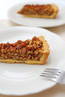 Free Hazel Nut Tart For Dessert Stock Photos - 13998573