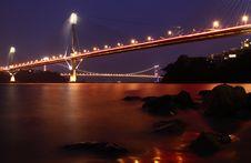 Free Hong Kong Bridge At Night Royalty Free Stock Image - 13999456